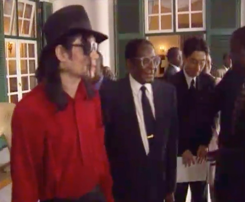Rare Photos Of Michael Jackson Meeting With Robert Mugabe Leaked