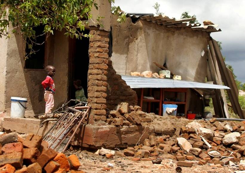 4703-still-homeless-after-cyclone-idai