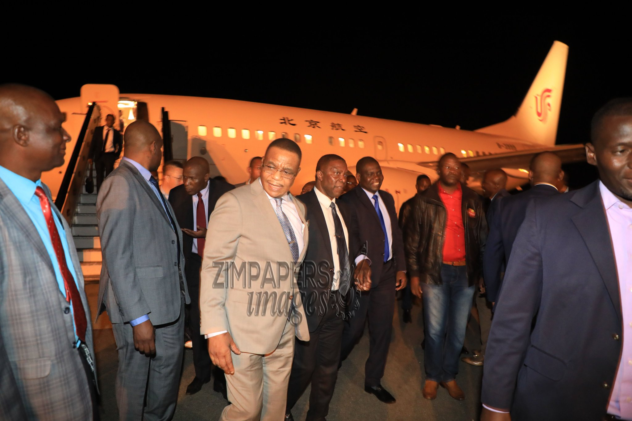 VP Chiwenga BACK in Zim