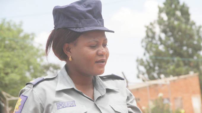 Police Officer's Wife Storms Police Station