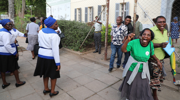 EXPLOSIVE Confrontation Between Anglican Church Members