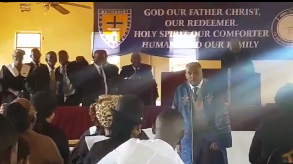 South African Reverend Dies While Preaching In Church