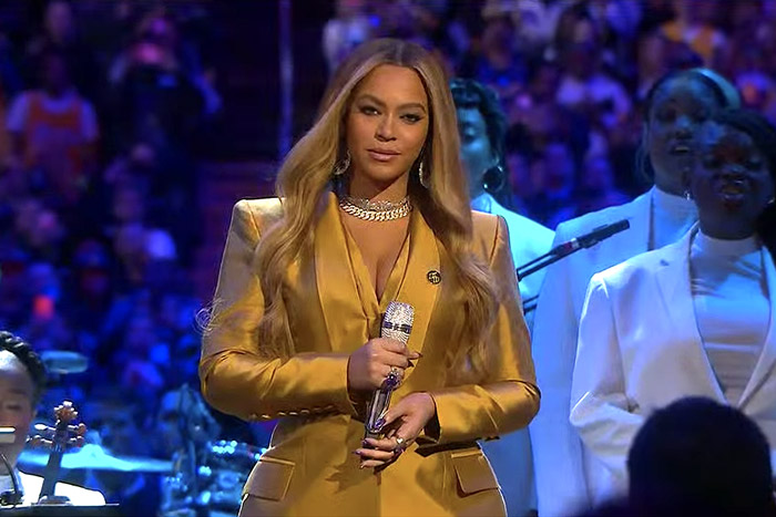 The Reason Why Beyonce Didn't Want Anyone Taking Photos Of Her at Kobe Bryant's Memorial Revealed - iharare.com