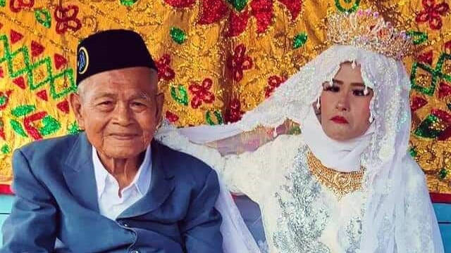 103-Year-Old Man Marries 27-Year-Old