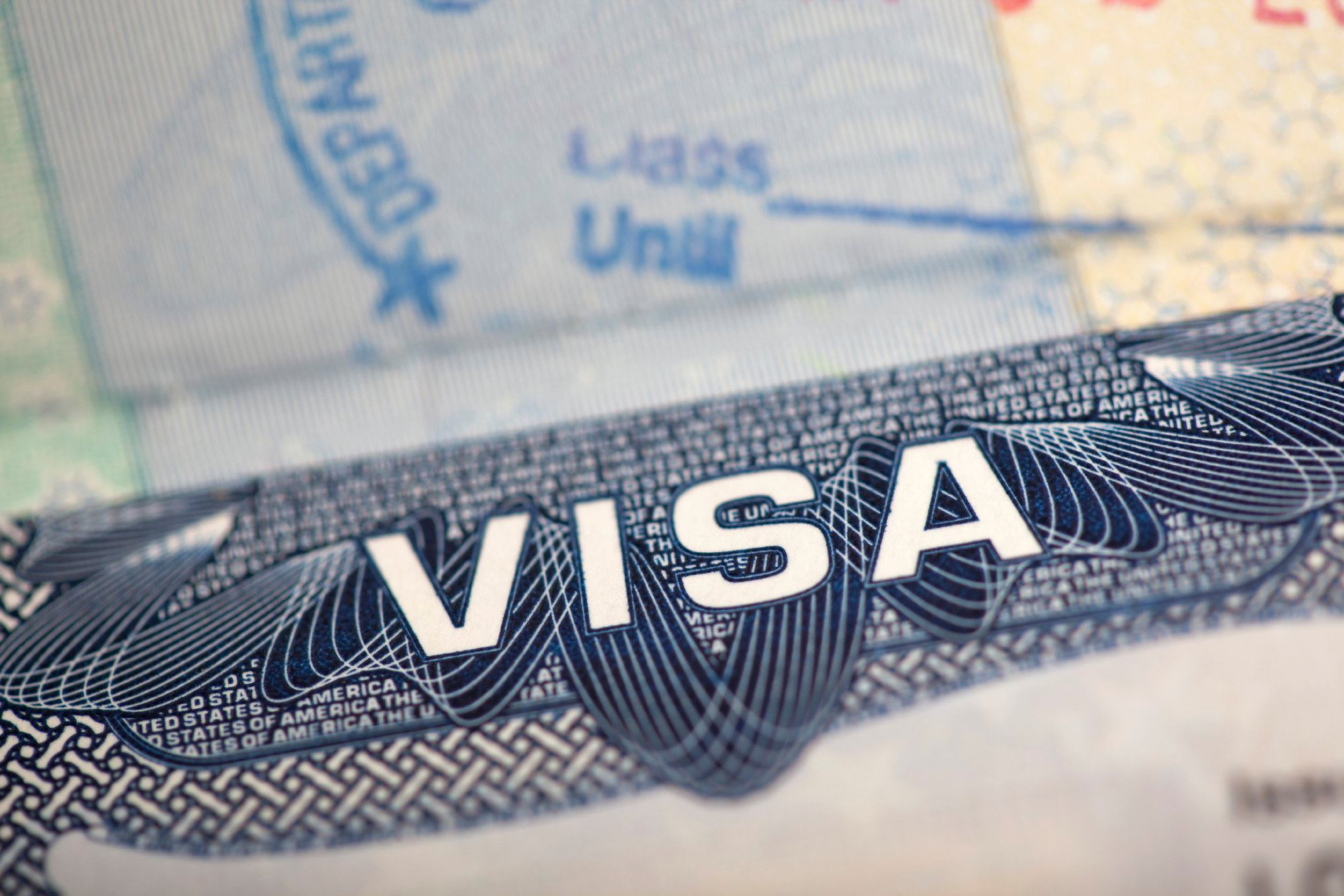 US Offers VISAs For Doctors, Nurses,
