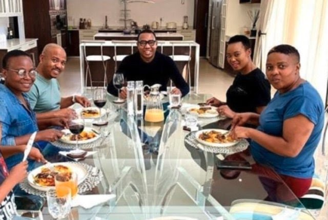 SA Minister Under Fire For Visiting Friend For Lunch