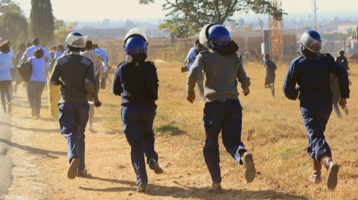 Zimbabwe Police Ordered To Sleep At Stations