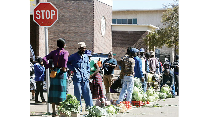 Bulawayo Residents defy stay at home directive