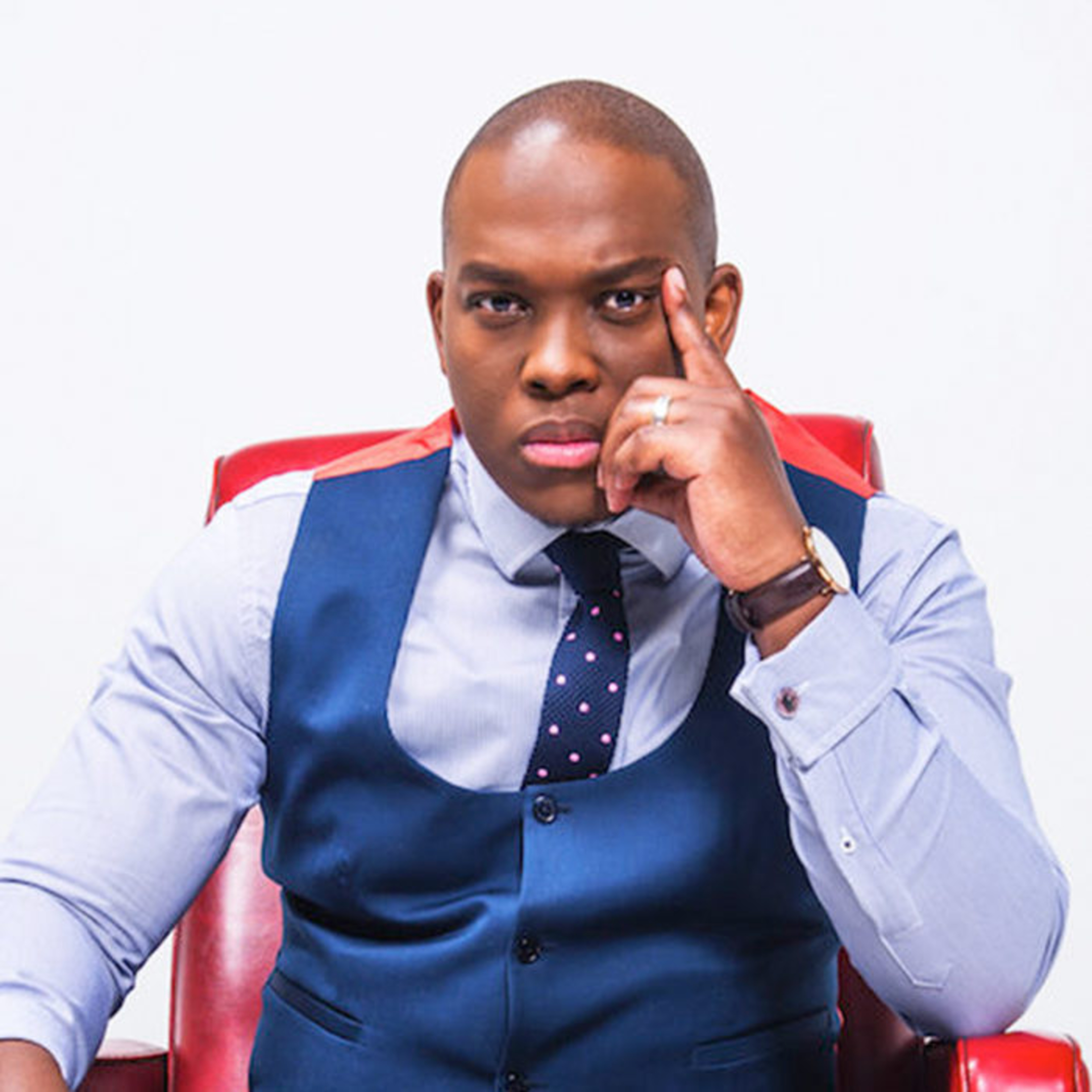 Vusi Thembekwayo Biography